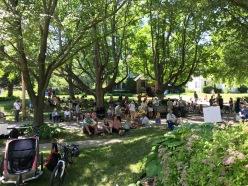 Grant Street crowd