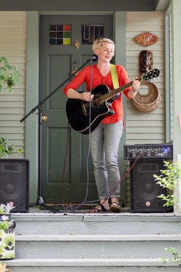 Jasmine Michaelson (photo by Linda Lee)